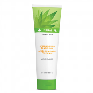Après-Shampoing Fortifiant Herbal Aloe 250 ml Disponible en France